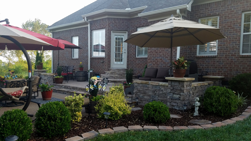 patio building contractor